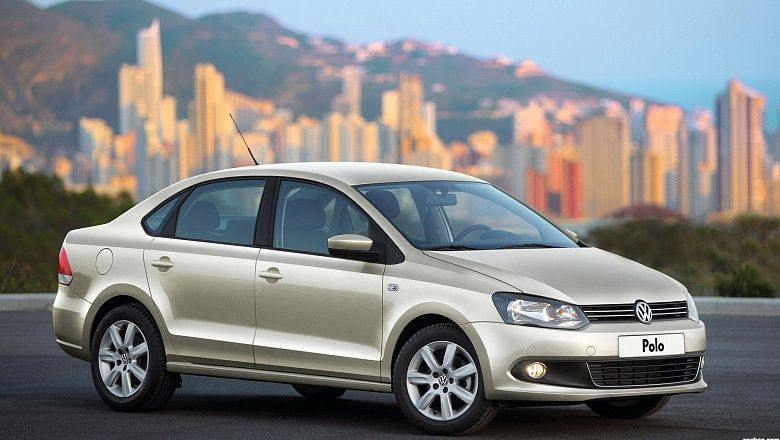 Volkswagen Polo V AT
