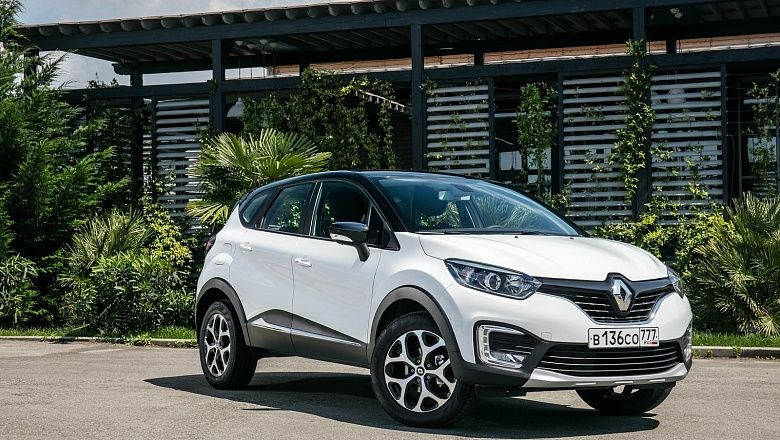 Renault Kaptur 1.6 AT 2017г.